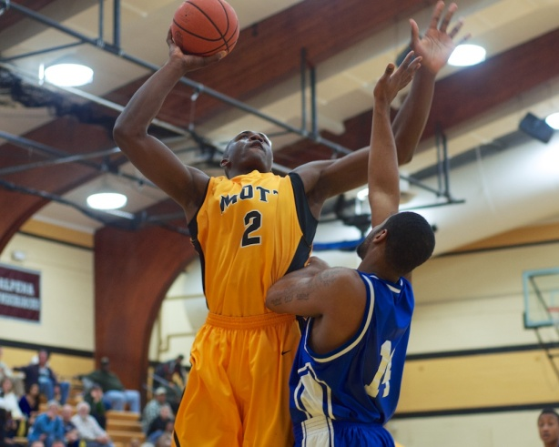 Mott freshman Coreante DeBerry scored 21 points in 16 minutes in Mott's win over Wayne County Saturday.